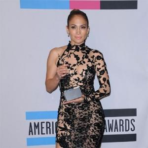 Jennifer Lopez's Man Defends Relationship