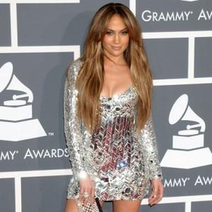 Jennifer Lopez Introduces Casper To American Idol Judges