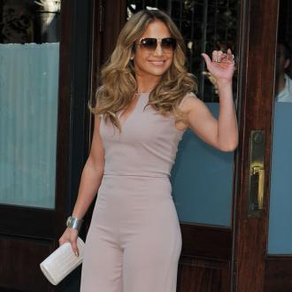 Stylish Traveller Jennifer Lopez