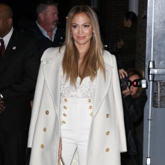 Jennifer Lopez And Casper Smart Back Together?