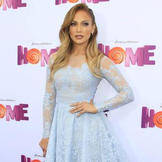 Jennifer Lopez and Casper Smart have 'a lot of ties'