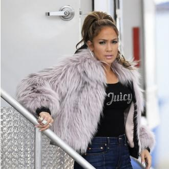 Jennifer Lopez praises an amazing fan after flight request