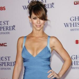 Jennifer Love Hewitt's Mother Happy With Hooker Role