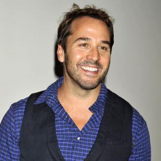 Jeremy Piven dating Zara Martin