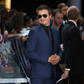 Jeremy Renner to release album
