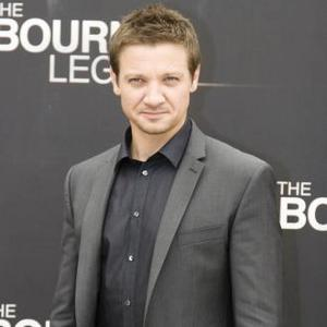Jeremy Renner Rules Our Bourne Role