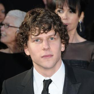 Jesse Eisenberg Says Shaving His Head Was Strange