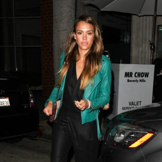 Jessica Alba Mixes 'High And Low' Fashion
