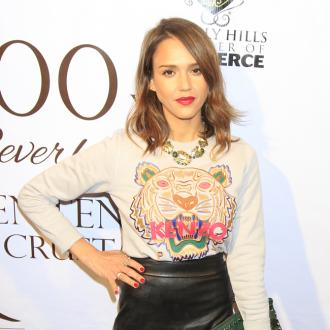 Jessica Alba Gave Gwen Stefani 'Practical Items'