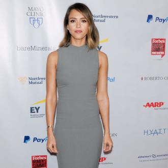 Jessica Alba Burns Hole In Her Stomach?