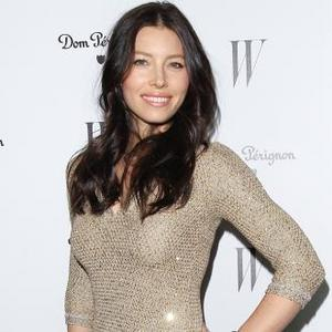 Jessica Biel Dazzles Engagement Ring In New York