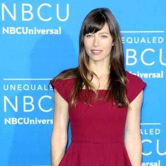 Jessica Biel's messy house