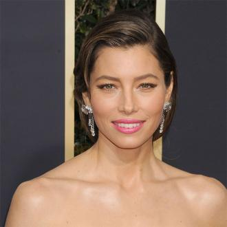 Jessica Biel's 50s inspired make up