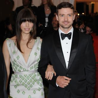 Justin Timberlake Lets Jessica Have Her Own Way