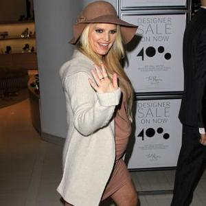 Jessica Simpson's 'Bowling Ball' Bump