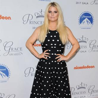 Jessica Simpson learned to embrace 'natural beauty'