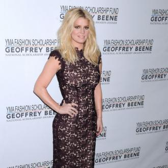 Jessica Simpson: I was shocked my old jeans still fit!