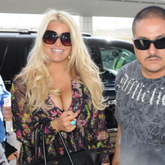Jessica Simpson Smitten With Fiance