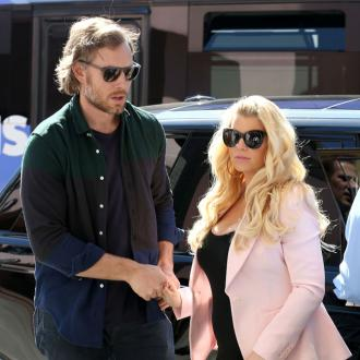 Jessica Simpson's Fiancé Relaxes Before Wedding