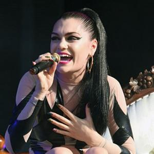 Jessie J Learns 'Respect' From Foot Injury