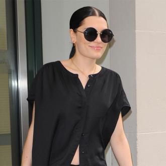 Jessie J: Twitter's Killed Romance