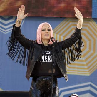 Jessie J doesn't 'like being famous'