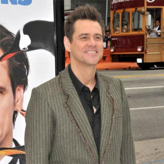 Jim Carrey Apologises To Gun Supporters