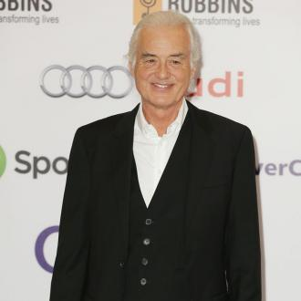 Jimmy Page Wins Silver Clef Award