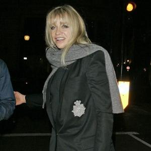 Jo Wood Thanks Girl Who Took Ronnie
