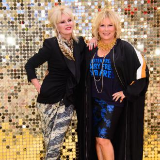 Joanna Lumley's $200k offer to Jennifer Saunders