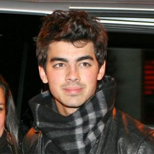 Joe Jonas Out With Ashley - Again