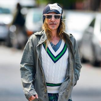 John Galliano to present at British Fashion Awards
