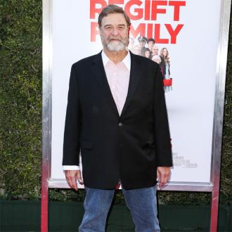John Goodman says Roseanne Barr's offensive tweet initially 'didn't seem true'