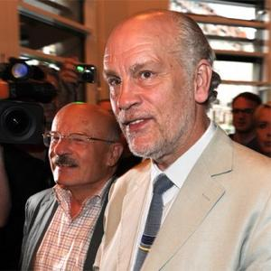John Malkovich Burgled In Prague