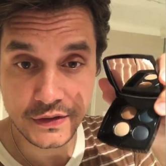 John Mayer posts spoof makeup tutorial