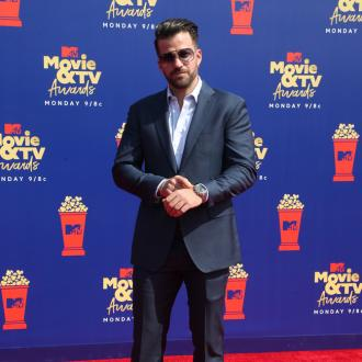 Johnny Bananas Storms Stage At Mtv Movie And Tv Awards