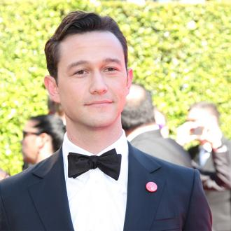 Joseph Gordon-levitt Is Protective Of His Son