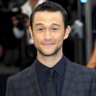 Joseph Gordon-levitt Open-minded About Love
