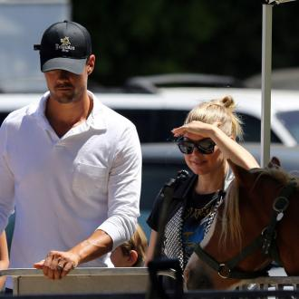 Josh Duhamel Makes 'Sweet Love' To Fergie