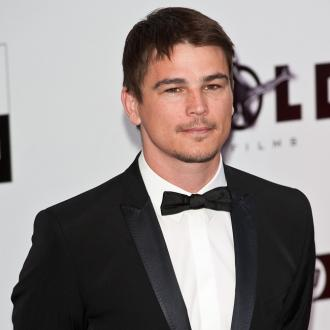 Josh Hartnett Didn't Trust Anyone