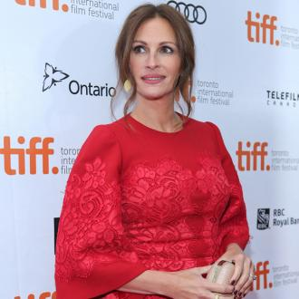 Julia Roberts Considers Snubbing Work For Kids