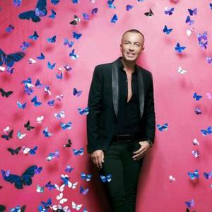 Julien Macdonald Designs Bag For Breast Cancer Charity