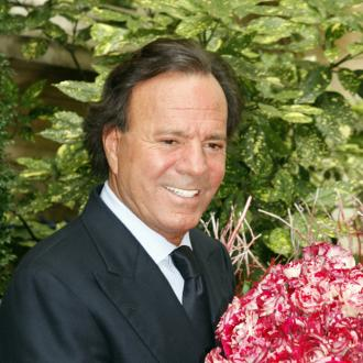 Julio Iglesias ruled by court to be father of 43-year-old man