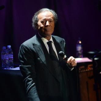Julio Iglesias wants One Direction duet
