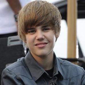 Justin Bieber's Phone Split
