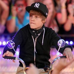 Justin Bieber Film Loses Director