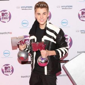 Justin Bieber And Taylor Swift Collaborate For New Song