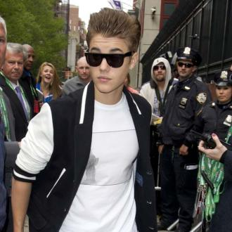 Justin Bieber: Girls Are A Headache