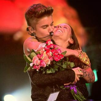 Justin Bieber's Mother Pleads With Fans Over Sexually Explicit Messages