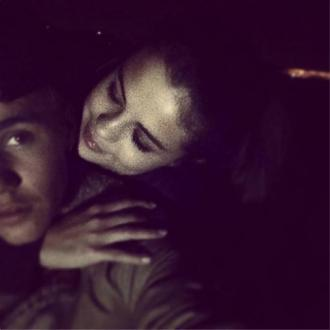 Justin Bieber Posts Intimate Pic With Selena Gomez